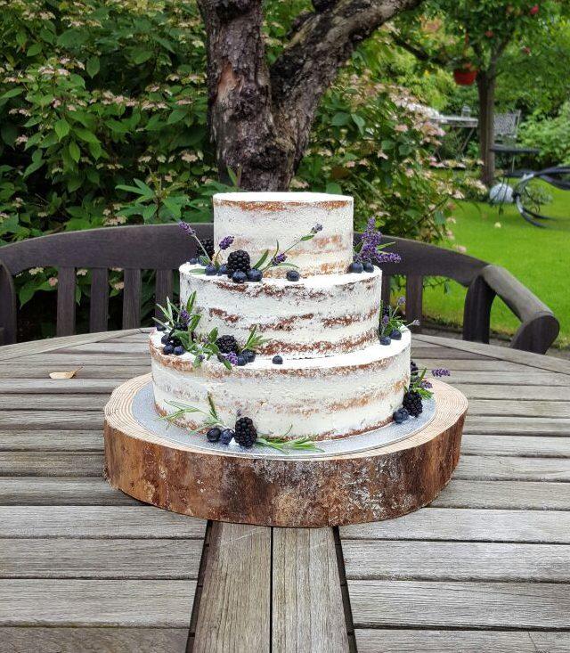Lavendel Naked Cake